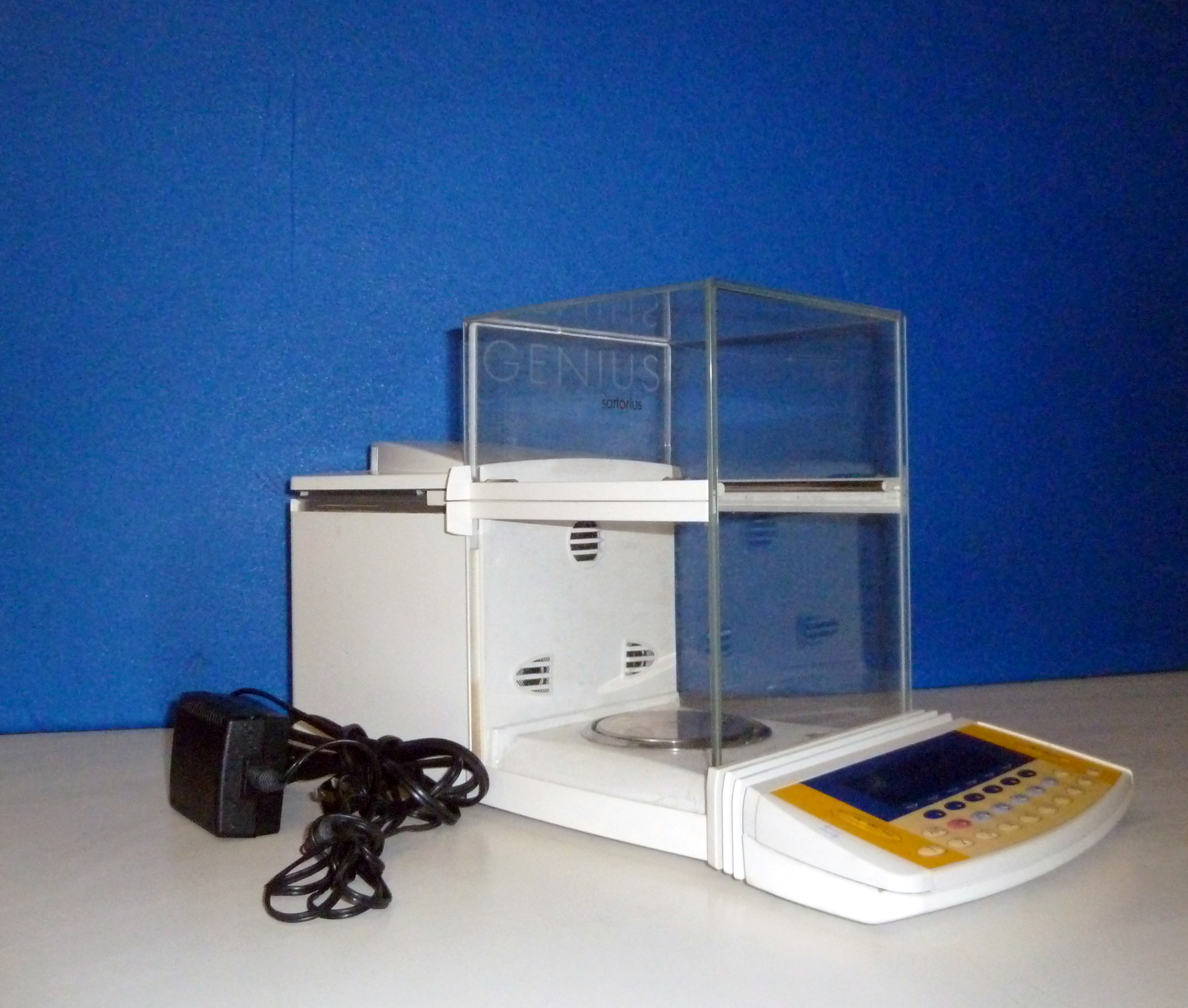 Analytical Balance Sartorius Genius
