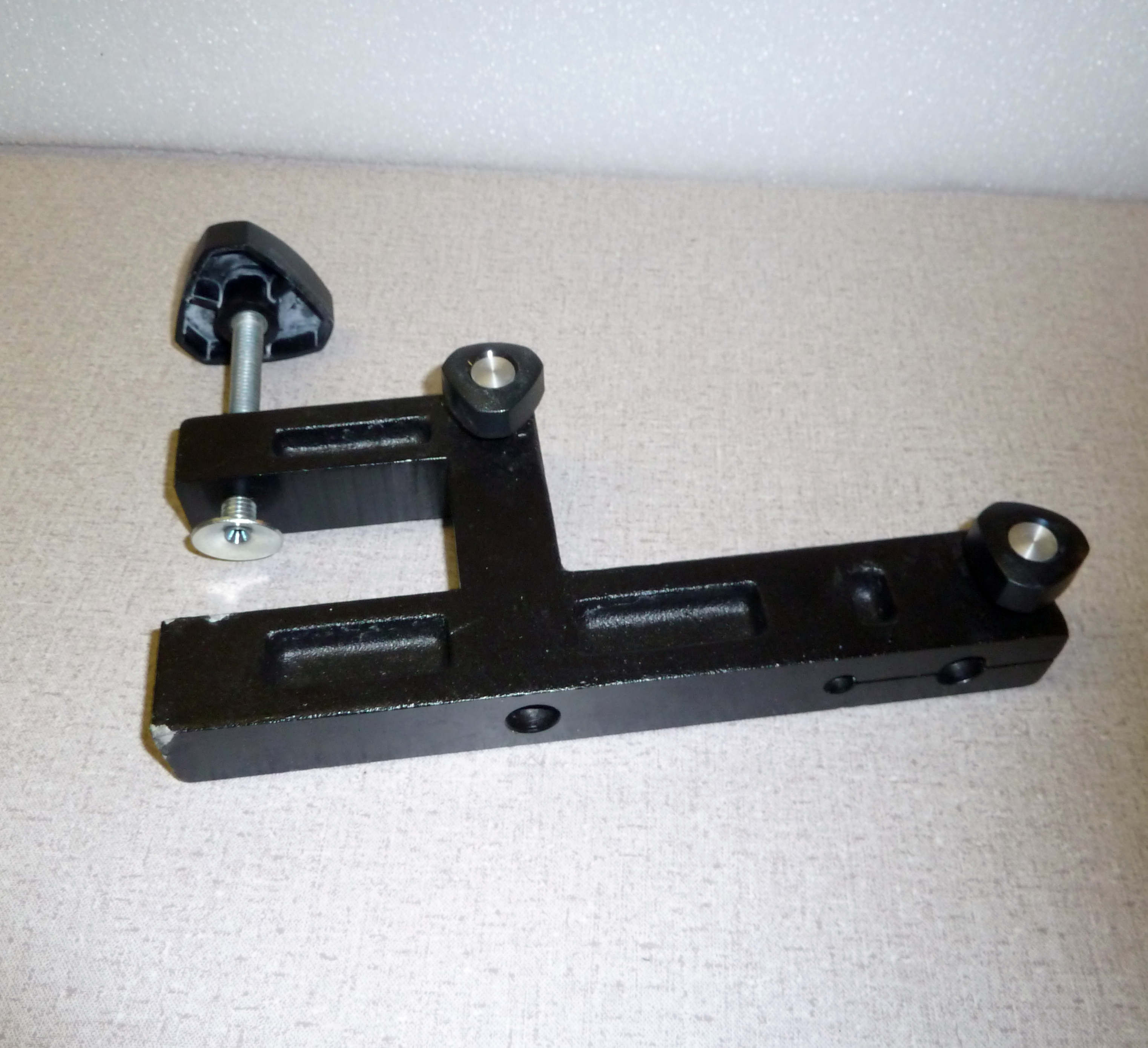 Lab Bench Accessory Rod Clamp